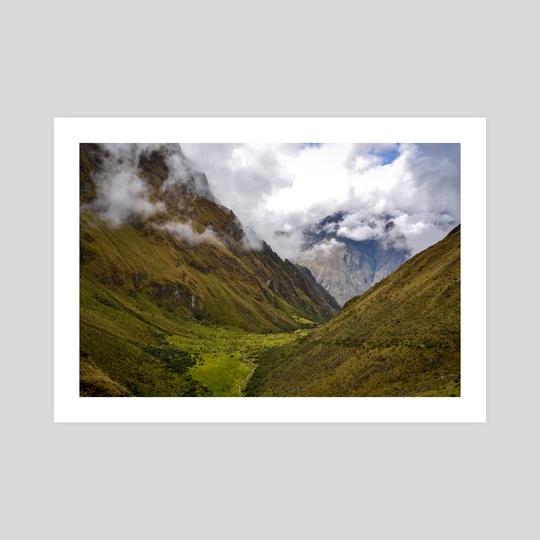 Peruvian valley along the Inca trail by Namchetolukla